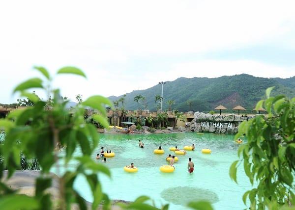 Kinh nghiệm du lịch Núi Thần Tài: Hướng dẫn lịch trình du lịch suối khoáng nóng Núi Thần Tài