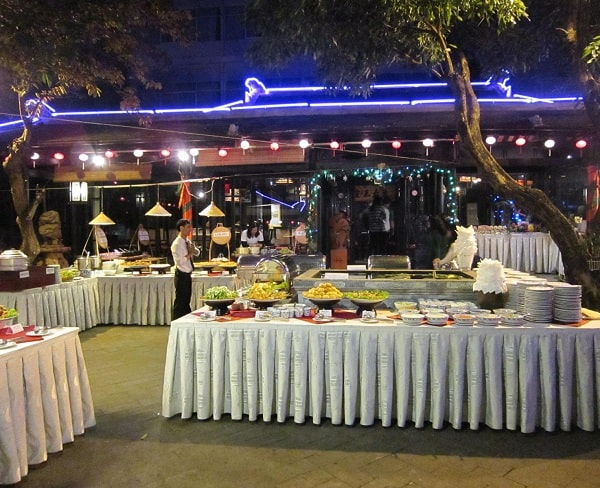 Nhà hàng buffet ngon ở Đà Nẵng: Ăn buffet ở đâu Đà Nẵng ngon, giá rẻ?