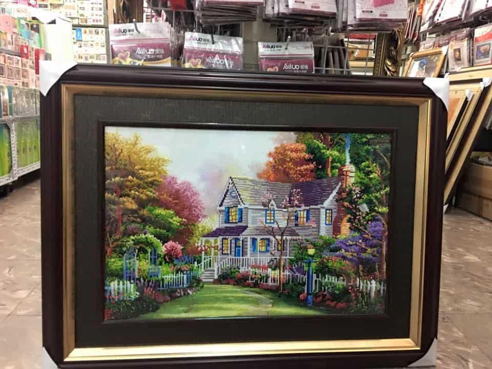 Mua tranh thêu ở đâu Đà Nẵng? đẹp, uy tín, chất lượng giá tốt. Địa chỉ, quán bán tranh thêu chữ thập ở Đà Nẵng nổi tiếng nên mua