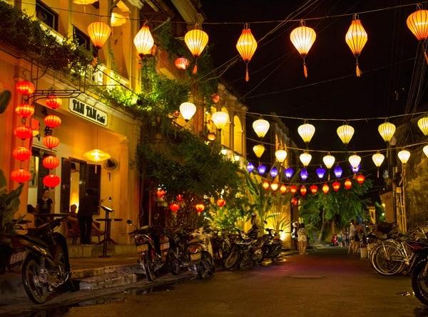 Du lịch Đà Nẵng nên đi đâu chơi? Địa điểm du lịch nổi tiếng gần Đà Nẵng