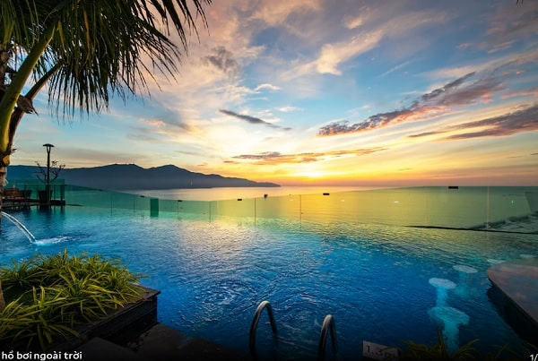 Khách sạn ở Đà Nẵng có bể bơi đẹp nhất. Khách sạn nào ở Đà Nẵng có bể bơi ngoài trời view đẹp