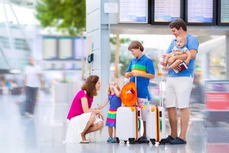 Kinh nghiệm du lịch Đà Nẵng cho nhà có con nhỏ mẹ nhàn tênh. Hướng dẫn, thông tin du lịch Đà Nẵng cho gia đình có trẻ nhỏ ăn, ở...