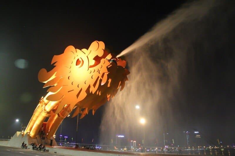 Lịch phun nước, lửa của cầu Rồng Đà Nẵng trong năm 2019. Cầu Rồng phun nước, lửa vào lúc mấy giờ? Cầu Rồng phun lửa, nước bao lâu