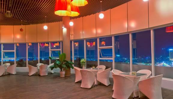 Những quán cà phê xem được pháo hoa Đà Nẵng 2019 siêu nét. Ngồi quán cà phê nào ngắm được pháo hoa Đà Nẵng đẹp, thuận tiện...
