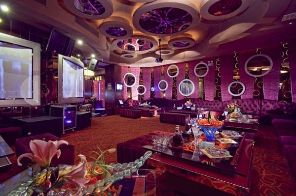Quán karaoke Lá Cọ - các quán karaoke thiết kế đẹp tại Đà Nẵng