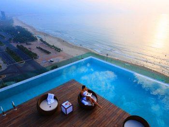 Bể bơi sạch đẹp và nổi tiếng ở Đà Nẵng