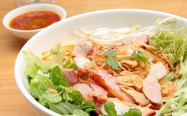 Bún thịt nướng Kim Anh/ Ăn bún thịt nướng ngon nhất ở Đà Nẵng
