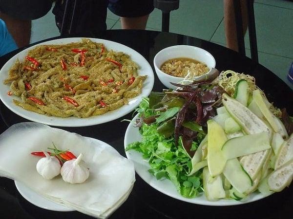 Gỏi cá Tấn - địa chỉ ăn gỏi cá Nam Ô nổi tiếng Đà Nẵng