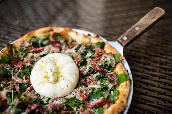 Pizza 4P's – Quán pizza kiểu Nhật ở Đà Nẵng