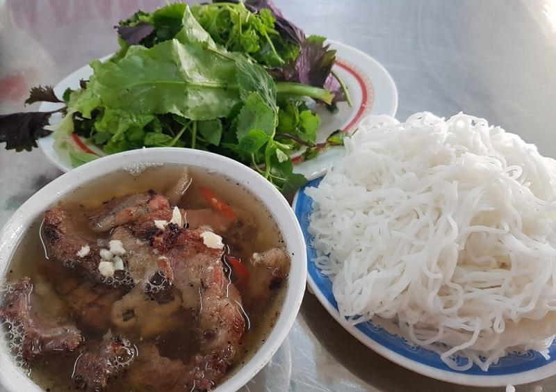 Quán ăn ngon Hà Đông. Ăn gì ở Hà Đông? Bún chả Khánh Vân