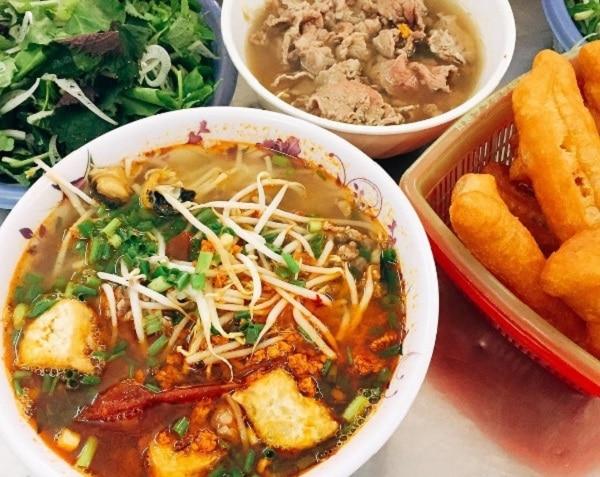 Top 10 quán bún ốc ngon ở Hà Nội, Bún ốc Thủy – Hòe Nhai