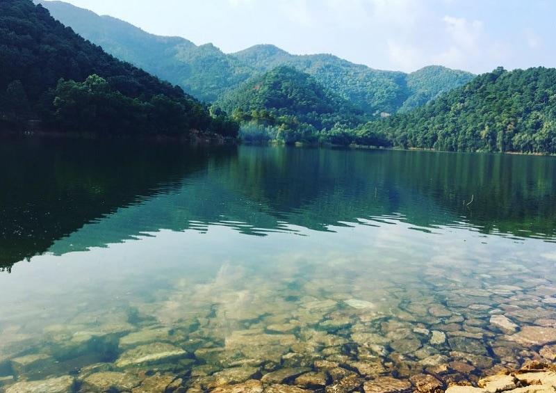 Du lịch cuối tuần gần Hà Nội. Review địa điểm đi chơi cuối tuần Hà Nội. Núi Hàm Lợn