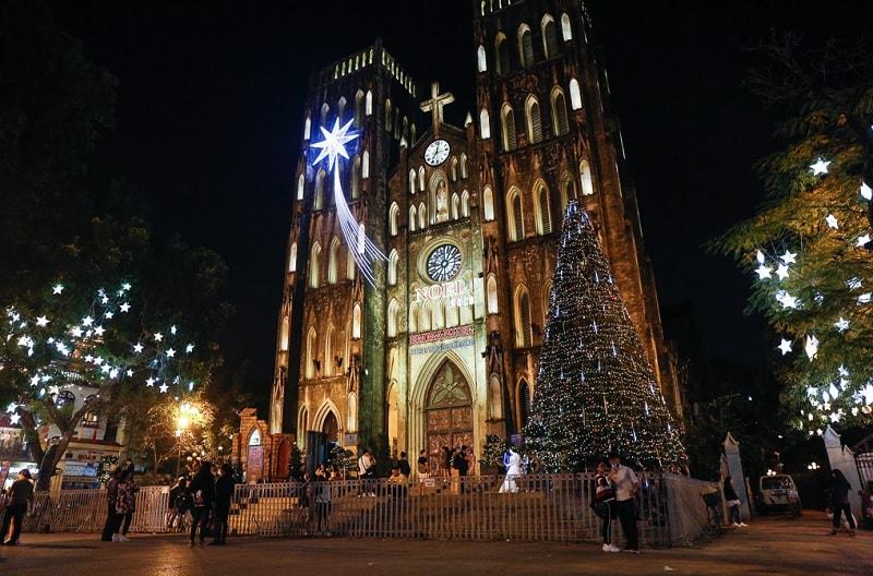 Giáng sinh ở Hà Nội nên đi đâu? Không khí giáng sinh Hà Nội. Nhà thờ lớn Hà Nội