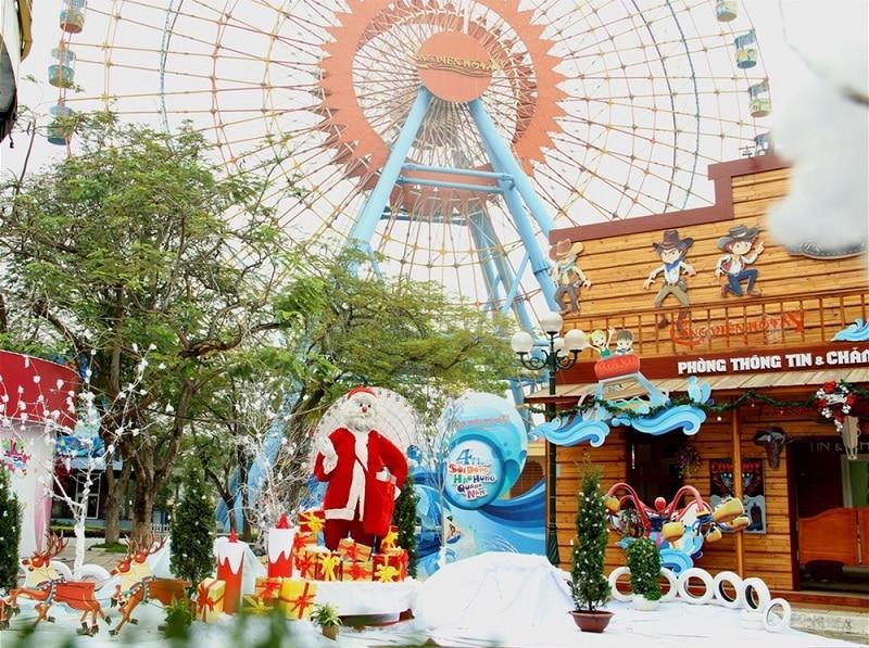 Giáng sinh ở Hà Nội nên đi đâu? Công viên Hồ Tây. Địa điểm du lịch ở Hà Nội dịp Noel