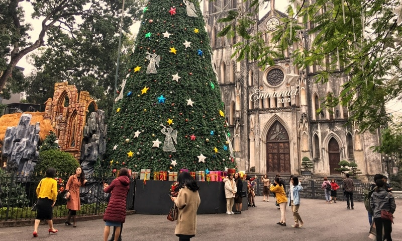 Giáng sinh ở Hà Nội nên đi đâu? Địa điểm tham quan ở Hà Nội dịp Noel. Nhà Thờ lớn Hà Nội