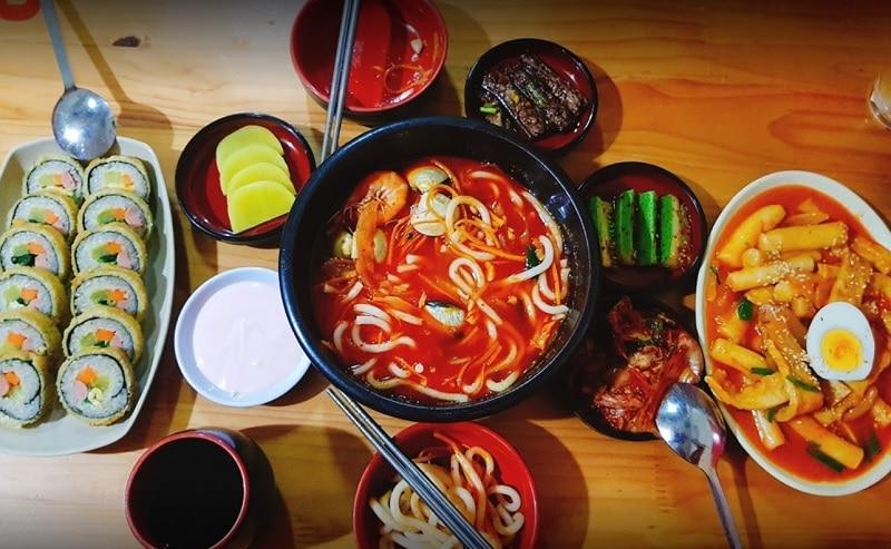 Các quán ăn ngon ở quận Đống Đa Hà Nội. Quán ăn vặt ngon ở Đống Đa Hà Nội. BapBap Quán