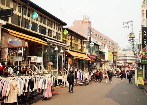 Địa chỉ mua sắm giá rẻ ở Seoul, khu mua sắm Hongdae