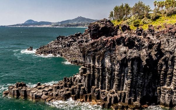 Địa điểm chụp ảnh cưới ở Hàn Quốc. Top địa điểm chụp ảnh cưới đẹp ở Hàn Quốc. Bãi biển Jungmun