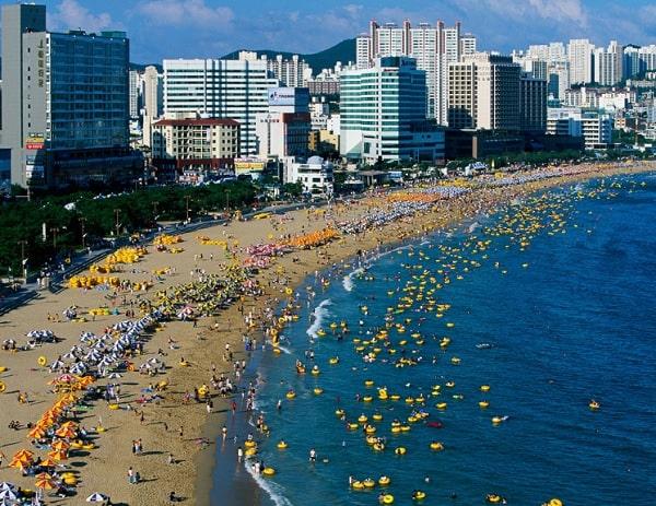 Địa điểm tham quan ở Busan đẹp nhất. Bãi biển Haeundae. Địa điểm du lịch ở Busan Hàn Quốc
