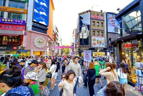 Đi Seoul Hàn Quốc nên ở đâu, Khu phố Tây Itaewon