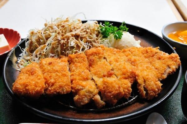 10 món ăn Hàn Quốc không cay ngon, nổi tiếng: Đến Hàn Quốc nên ăn món gì không cay? Thử món Donkatsu nhé
