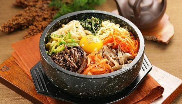 Gợi ý 10 món ăn Hàn Quốc không cay ngon, nổi tiếng nhất định phải thử