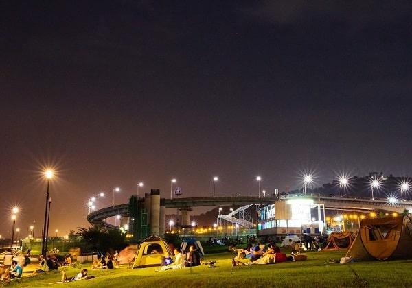 Chơi gì, làm gì ở Seoul buổi tối? Ngắm cảnh bên dòng sông Hàn