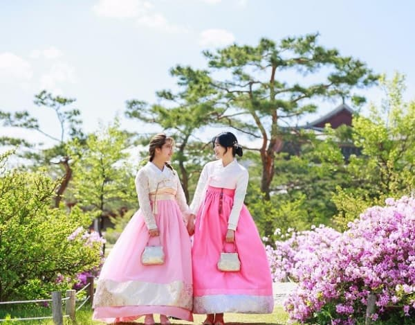 Du lịch Hàn Quốc tháng 4 có gì? Thời tiết tháng 4 ở Hàn Quốc ra sao?