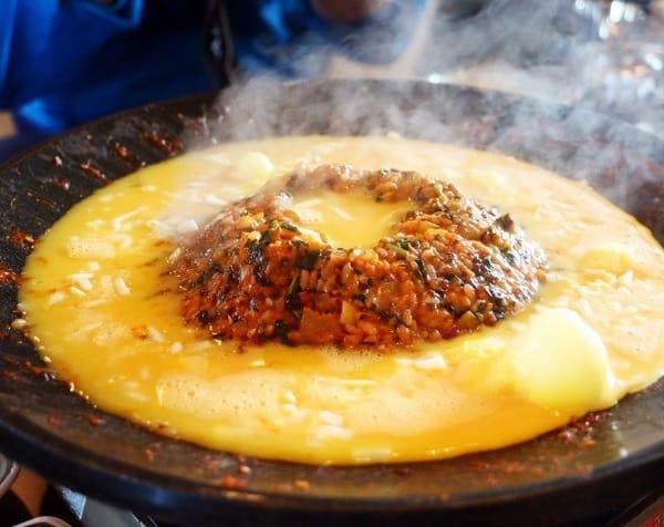 Cơm chiên núi Halla. Du lịch Jeju Hàn Quốc nên ăn gì ngon? Top món ăn ngon ở Jeju