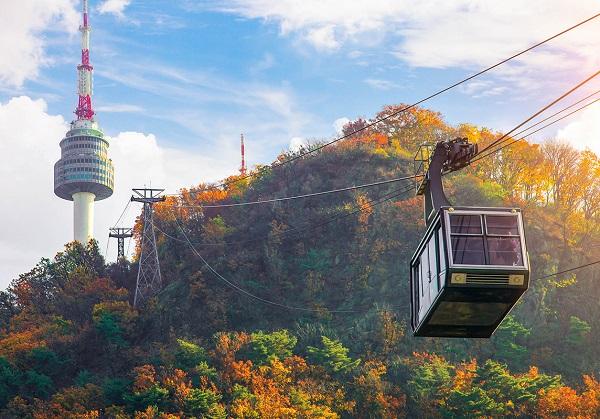 Kinh nghiệm tham quan tháp Namsan Seoul, đi cáp treo lên đến tháp tháp N Seoul