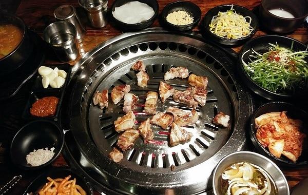 Món ăn ngon, nổi tiếng ở Hàn Quốc. Du lịch Hàn Quốc nên ăn gì? Thịt nướng Bulgogi BBQ
