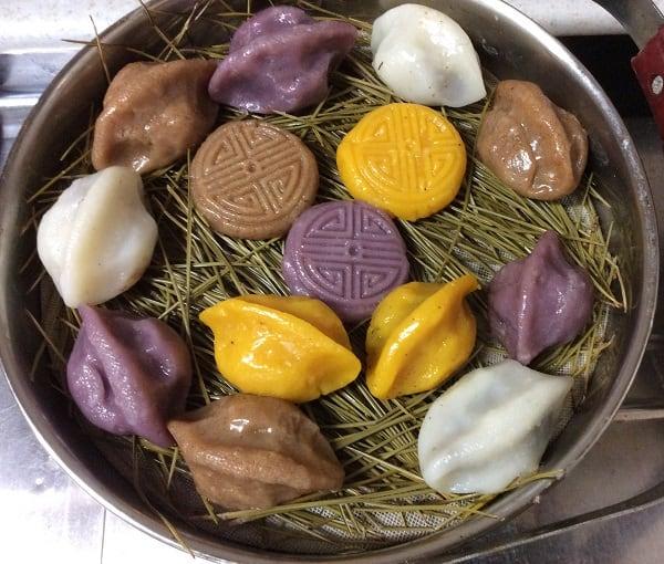 Món ăn phổ biến ở Hàn Quốc. Nên ăn gì, ăn ở đâu khi du lịch Hàn Quốc? Đặc sản bánh trung thu Songpyeon