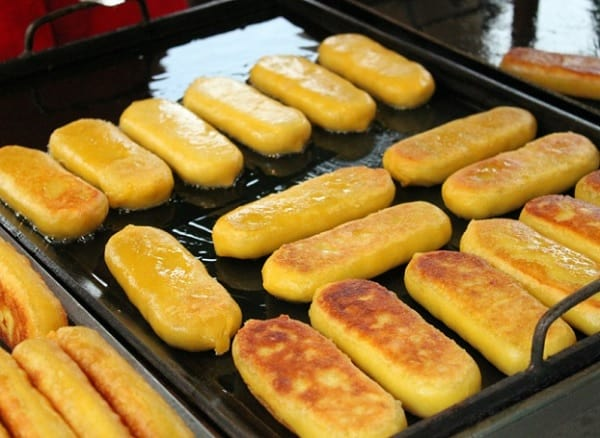 Món ăn vặt ở Busan. Món ăn vặt độc đáo ở Busan. Bánh mì nướng