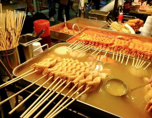 Đến Busan nên ăn gì ngon? Món ăn vặt ở Busan. Chả cá Busan