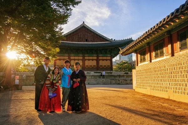 Cung điện Deoksugung - Địa điểm chụp ảnh đẹp ở Seoul