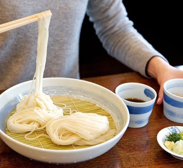 Nhà hàng tại Myeong-dong Seoul