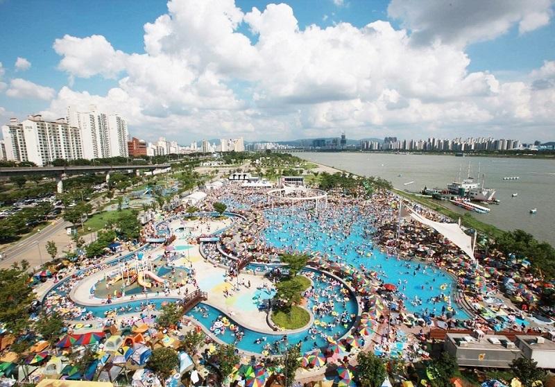Địa điểm vui chơi ở Seoul cho trẻ em, các bể bơi ngoài trời dọc sông Hàn