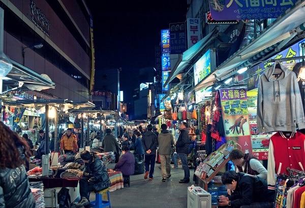 Những khu chợ đêm nổi tiếng nhất ở Seoul, chợ Dongdaemun