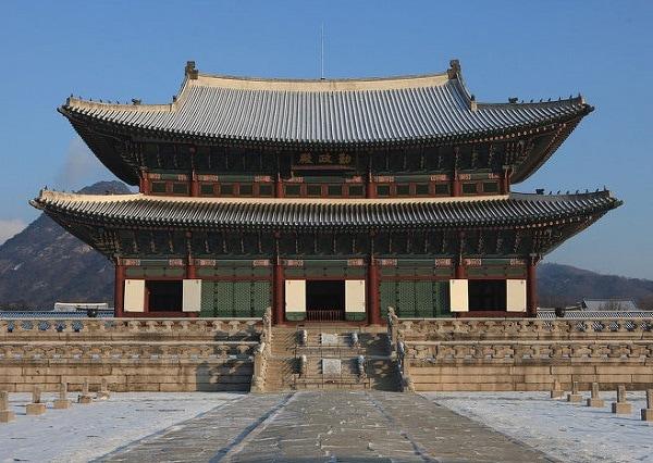 Nên đi cung điện nào ở Seoul? Điện Cần Chính ở cung điện Gyeongbokgung
