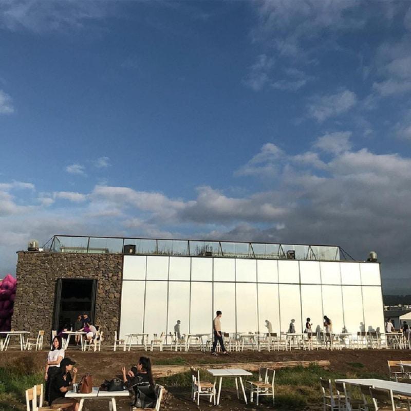 Top quán cafe đẹp nổi tiếng nhất đảo Jeju lên ảnh bao HOT. Du lịch đảo Jeju nên đi quán cà phê nào? Địa chỉ cà phê nên ghé ở Jeju