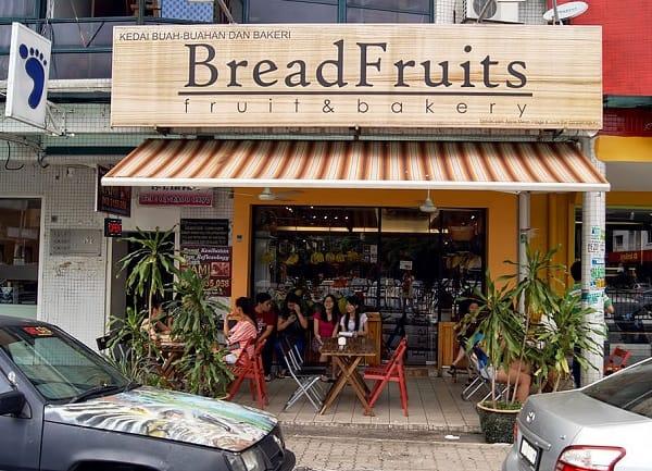 Nếu chưa biết du lịch Malaysia nên ăn sáng ở đâu thì hãy note ngay lại địa chỉ quán BreadFruit này nhé