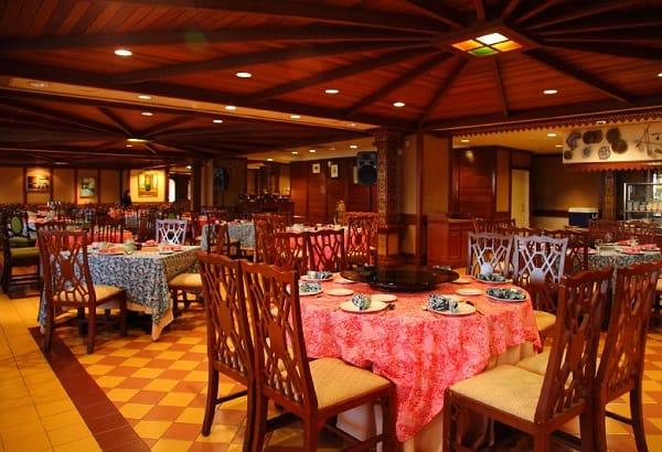 Seri Nyonya Peranakan Restaurant - địa chỉ ăn uống ở Malacca sang trọng, lãng mạn