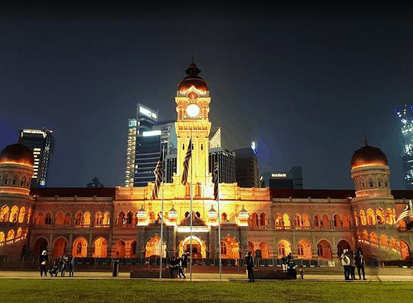Địa điểm tham quan đẹp tại Kuala Lumpur. Nên đi dâu chơi ở Kuala Lumpur? Dataran Merdeka