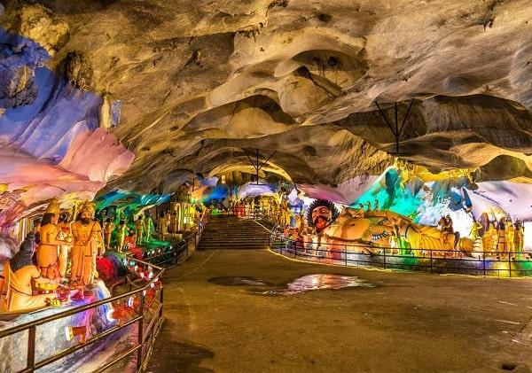 Kinh nghiệm đi động Batu Caves, động Ramayana