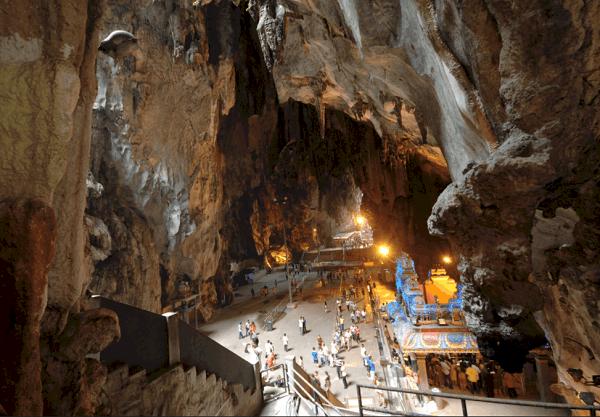 Kinh nghiệm đi động Batu Caves, phía bên trong hang đền Temple Cave