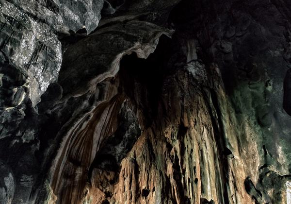 Kinh nghiệm đi động Batu Caves, hang tối Dark Cave