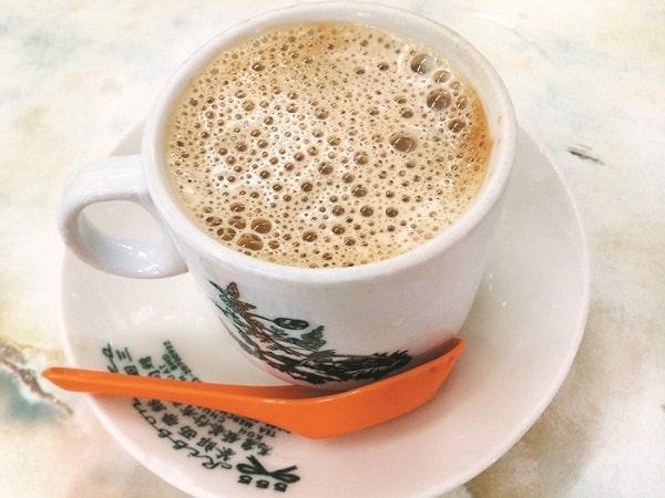 Kinh nghiệm du lịch Ipoh: Cà phê trắng là đồ uống đặc sản Ipoh