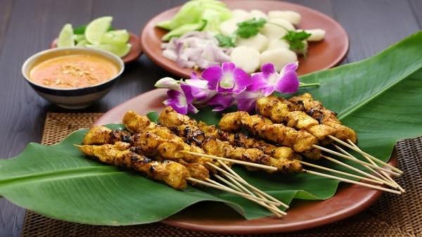Kinh nghiệm du lịch Ipoh Malaysia: Satay là món ăn đường phố ngon ở Ipoh