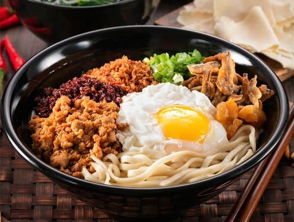 Món ăn ngon ở Kuala Lumpur, mì trộn Chilli Pan Mee
