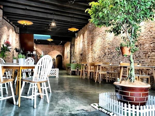 Quán cafe ở Malacca. Quán cà phê ở Malacca nhất định phải ghé thăm. Relish The Moment
